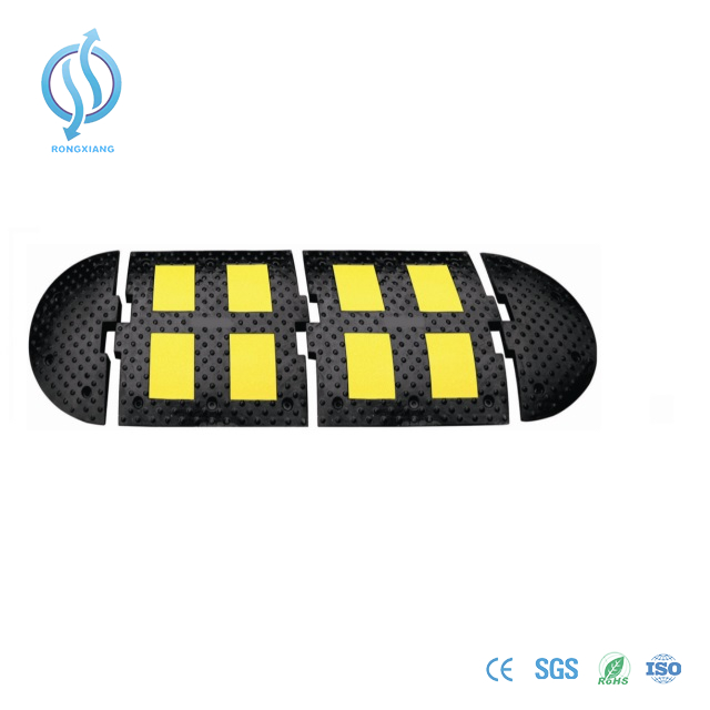 Sleeping Policeman Rubber Speed Hump for Europe Market